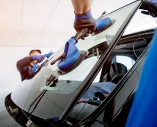 Remplacement de pare-brise et vitre véhicules toutes marques