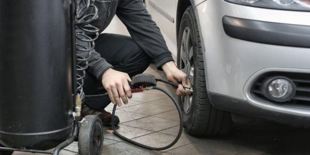 Remplacement de pneus usés - Garage Eurorepar CassisCars