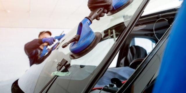 Remplacement de pare brise véhicule toutes marques - CassisCars